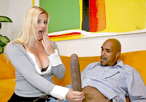 Foxy blonde MILF gets nailed by a black schlong on blacks on cougars blog